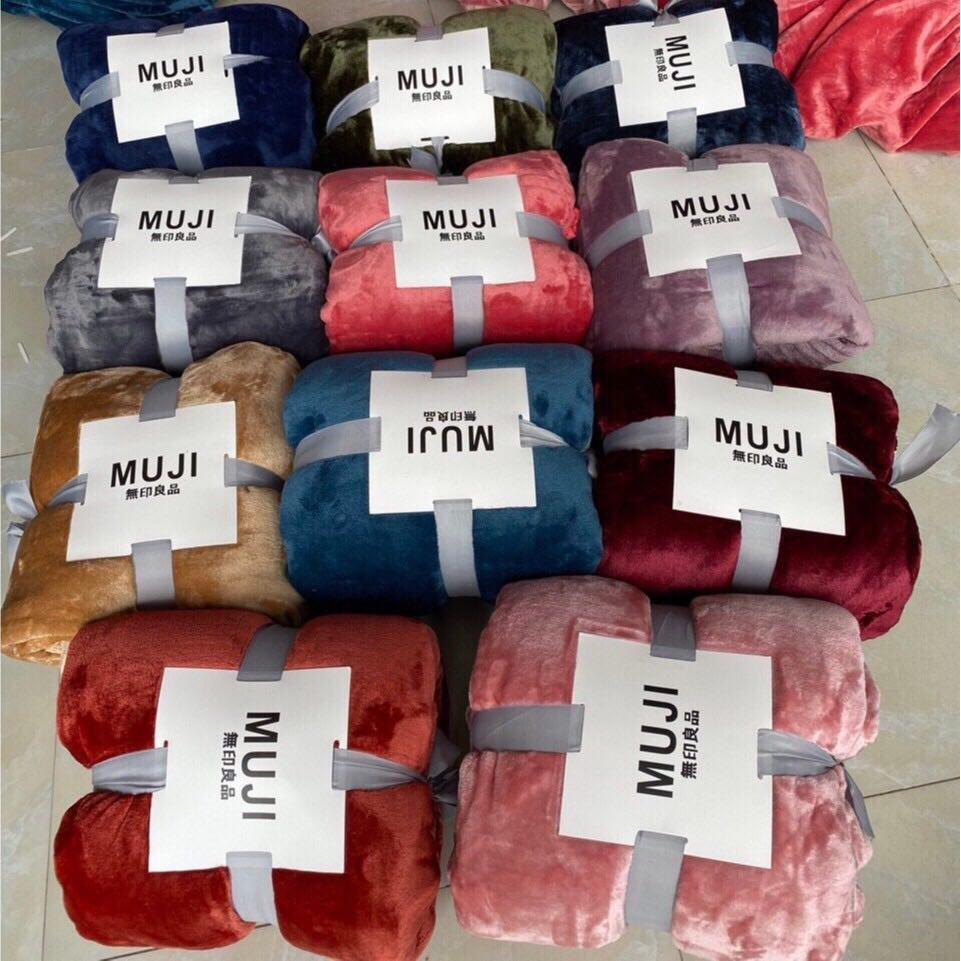 Chăn lông tuyết MUJI xuất nhật dùng 4 mùa siêu mềm mịn kích thước 2m x 2m3 cao cấp, nặng 1,8kg