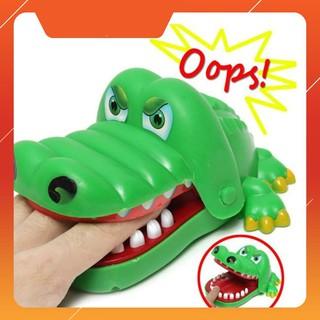 [H-HOT] [Nhập TOYMAR giảm 10%]Bộ trò chơi cá sấu cắn tay Giá Rẻ