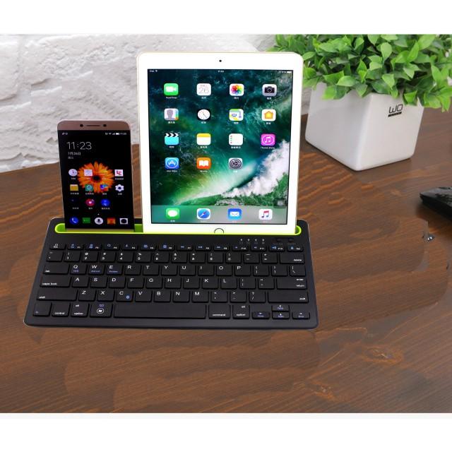คีย์บอร์ดไร้สาย Fashion Bluetooth keyboard คีย์บอร์ดบลูทูธพร้อมแท่นวางมือถือ แป้นพิมพ์ภาษาไทย สำหรับ iOS/Android/Windows