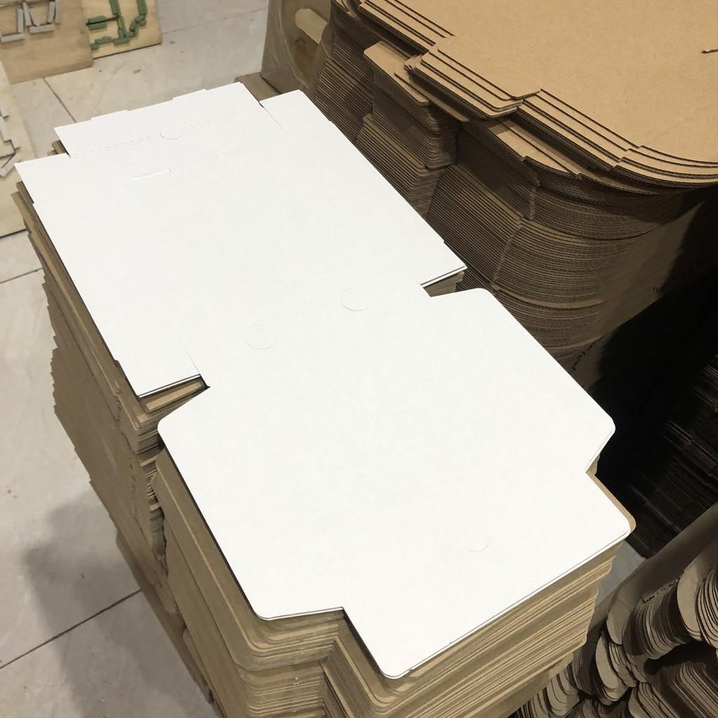 hộp carton đựng bánh pizza size 20x20x4cm màu trắng