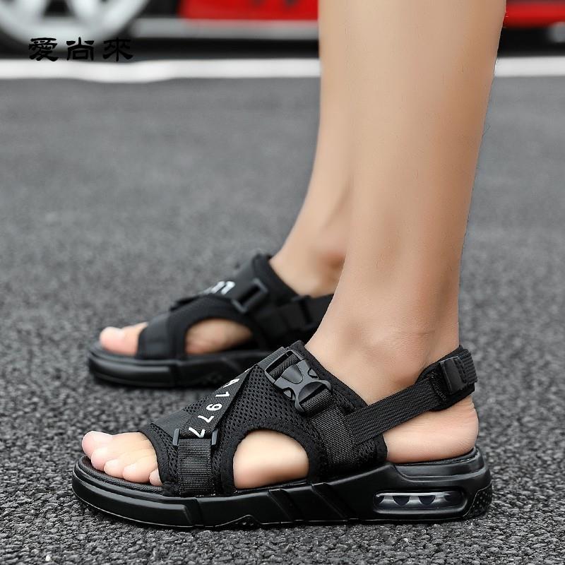 Giày Xăng Đan Đi Biển Tăng Chiều Cao Thời Trang 2020
