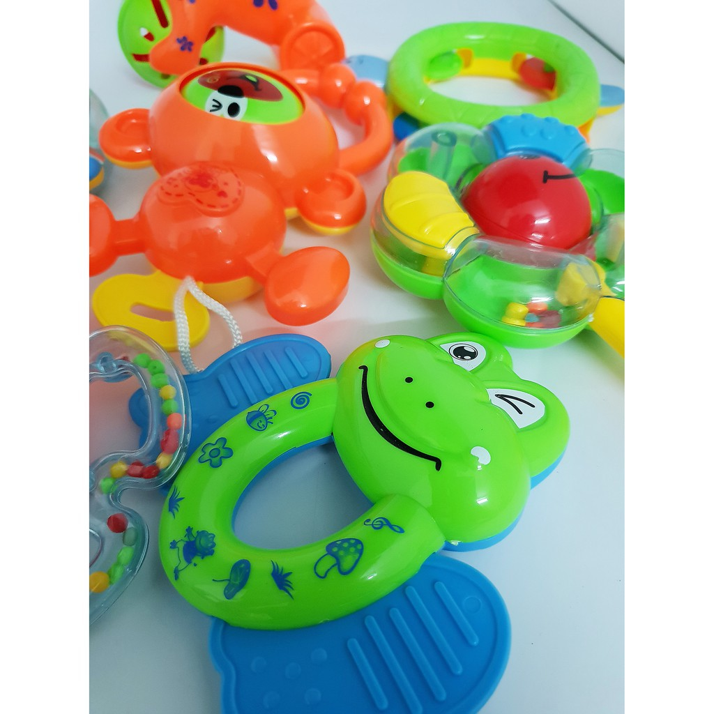 Thật Tuyệt Vời - Bộ đồ chơi xúc xắc 8 món cho bé- SMH112