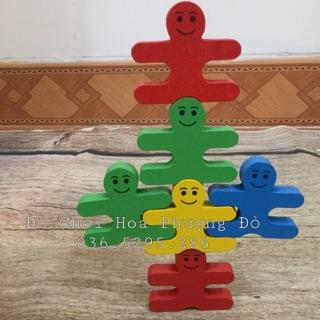 Xếp chồng gỗ thăng bằng