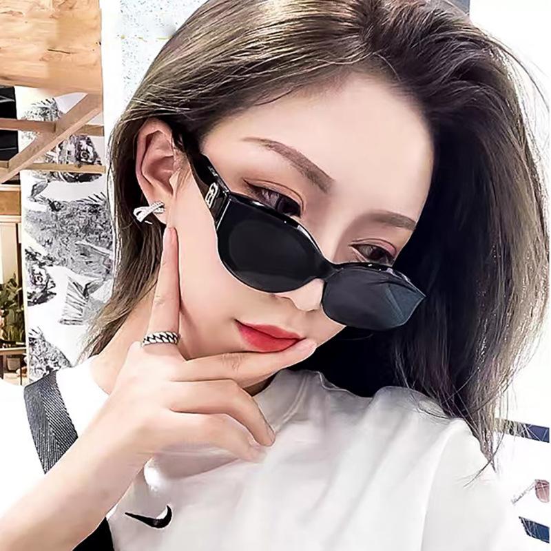 Kính mát mắt mèo retro Hàn Quốc cho nữ