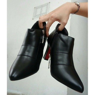 Giày bốt Boot nữ đẹp Rosata chỉ nối RO27 thumbnail