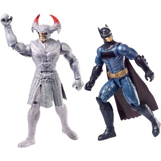 Mô hình đồ chơi Batman vs Steppenwolf trong DC Comics Justice League