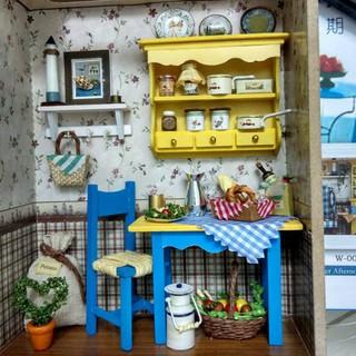 Mô hình nhà búp bê gỗ – Khung tranh treo tường căn phòng bếp nhỏ xinh (N05)
