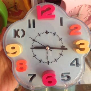 Đồng hồ báo thức bông hoa to