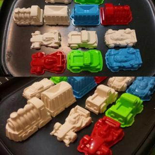 DE❀ 6 Pcs Car Suit Power Playing Sand Molds Space Playing Sand Car Molds Puzzle Beach Toy Kit