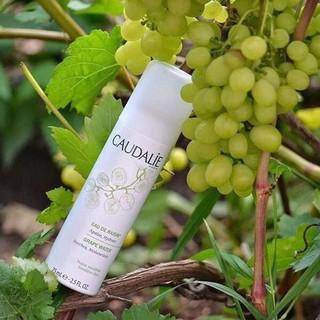 Xịt khoáng nho cho da khô Caudalie Grape Water 200ml thumbnail