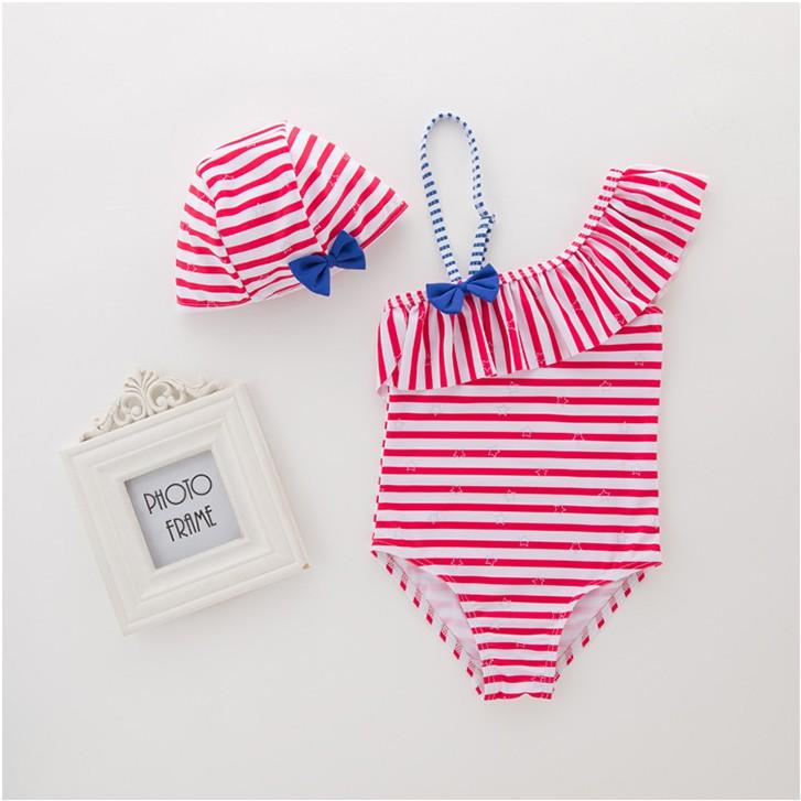 Đồ bơi liền thân lệch vai cho bé gái mầu hồng đỏ(Tặng kèm khăn quàng cổ tam giác ) - 2913741 , 1155252333 , 322_1155252333 , 275000 , Do-boi-lien-than-lech-vai-cho-be-gai-mau-hong-doTang-kem-khan-quang-co-tam-giac--322_1155252333 , shopee.vn , Đồ bơi liền thân lệch vai cho bé gái mầu hồng đỏ(Tặng kèm khăn quàng cổ tam giác )