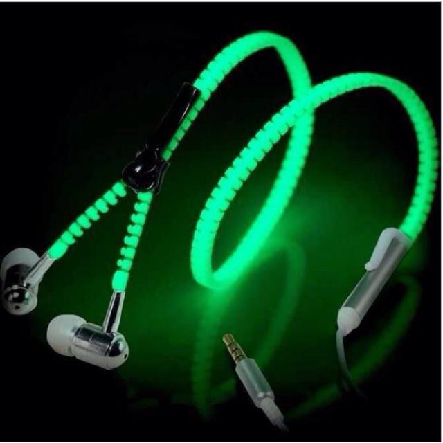 Tai nghe dây kéo thế hệ 2 phát sáng âm thanh chuẩn (DT049)