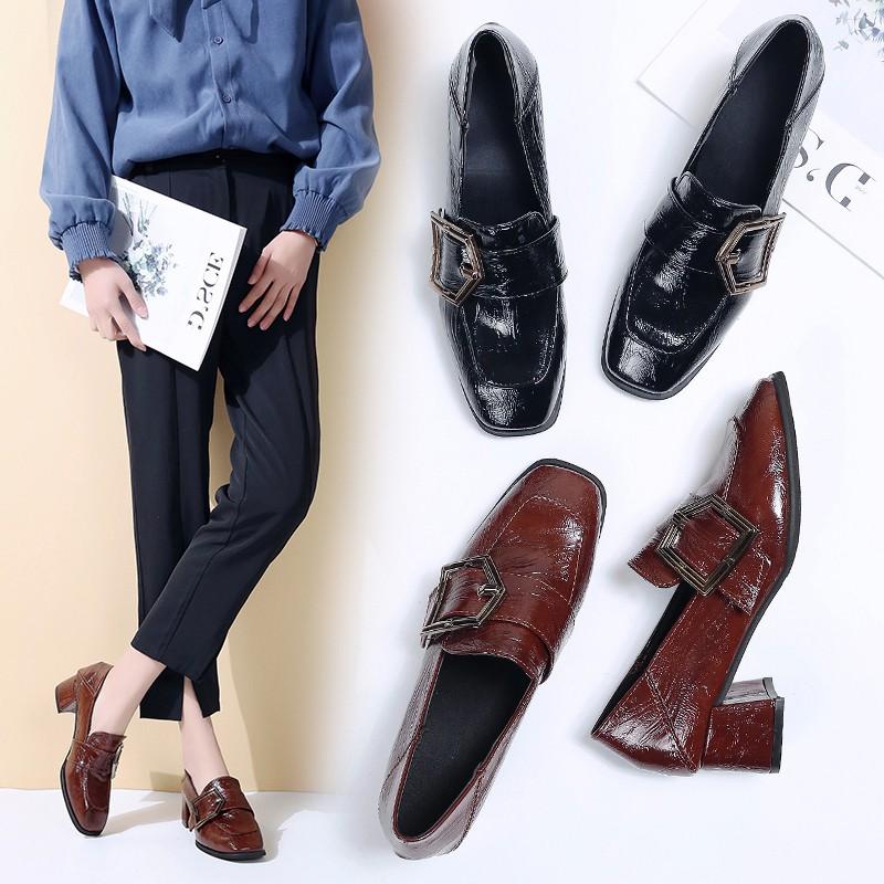 Đôi giày bít mũi vuông khóa kiểu cao gót thời trang cho nữ - 14308714 , 2410653748 , 322_2410653748 , 319700 , Doi-giay-bit-mui-vuong-khoa-kieu-cao-got-thoi-trang-cho-nu-322_2410653748 , shopee.vn , Đôi giày bít mũi vuông khóa kiểu cao gót thời trang cho nữ