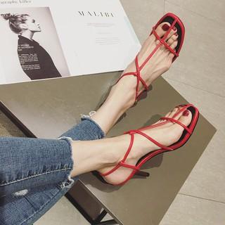 Giày Xăng Đan Nữ Kiểu Dáng Thời Trang Phong Cách