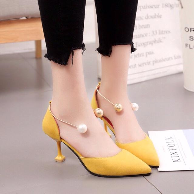 Giày gót vuông nữ đẹp có quai đính ngọc trai cách điệu - 10004136 , 223956838 , 322_223956838 , 350000 , Giay-got-vuong-nu-dep-co-quai-dinh-ngoc-trai-cach-dieu-322_223956838 , shopee.vn , Giày gót vuông nữ đẹp có quai đính ngọc trai cách điệu