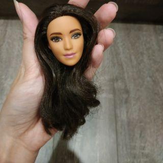 Head Barbie Fashionista Tango
