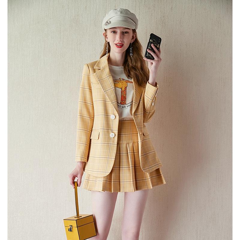Set áo khoác dài tay cổ bẻ + chân váy họa tiết ca rô thời trang Hàn cho nữ - 21962888 , 4906805713 , 322_4906805713 , 930000 , Set-ao-khoac-dai-tay-co-be-chan-vay-hoa-tiet-ca-ro-thoi-trang-Han-cho-nu-322_4906805713 , shopee.vn , Set áo khoác dài tay cổ bẻ + chân váy họa tiết ca rô thời trang Hàn cho nữ
