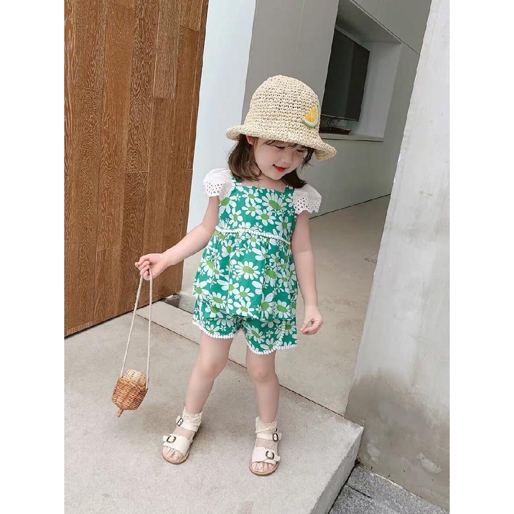 Bộ bé gái cộc tay hoa cúc to viền ren XHN304