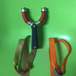 Ná kẹp dây bằng trục vít tiện dụng (2 bộ dây thun)