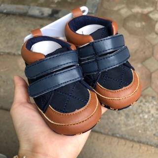 Giày sneakers bé trai (6-12 tháng)