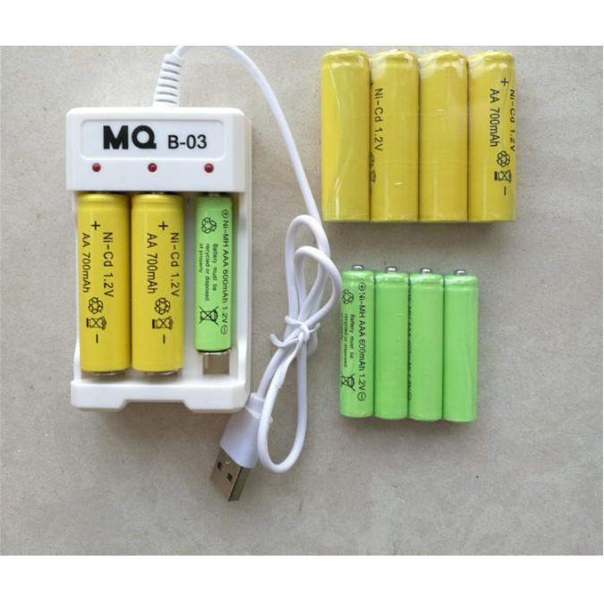 Bộ sạc pin đa năng dùng cho pin sạc AA và AAA( có pin sạc đi kèm)