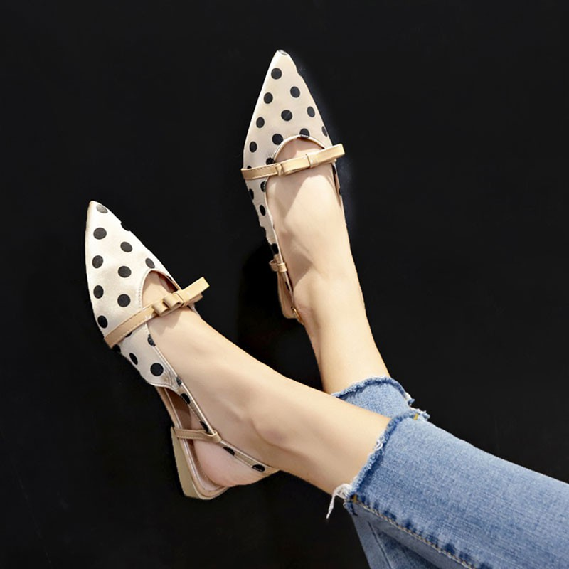 Spring pointed low-heeled temperament elastic band wave sandals female flat bott