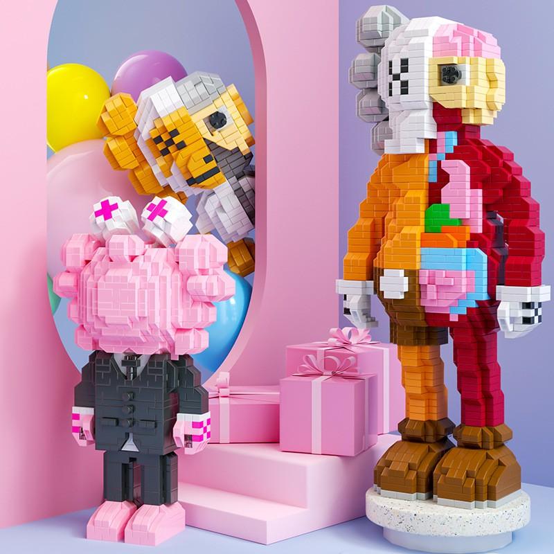 Bộ đồ chơi lắp ráp lego nhân vật hoạt hình-Lego Kaws Moc – Kích thước lớn