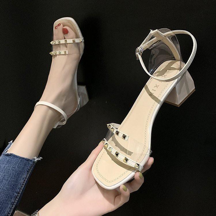Giày Xăng Đan Thời Trang Dành Cho Nữ