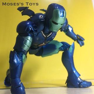 Mô Hình Nhân Vật Iron Man Màu Xanh
