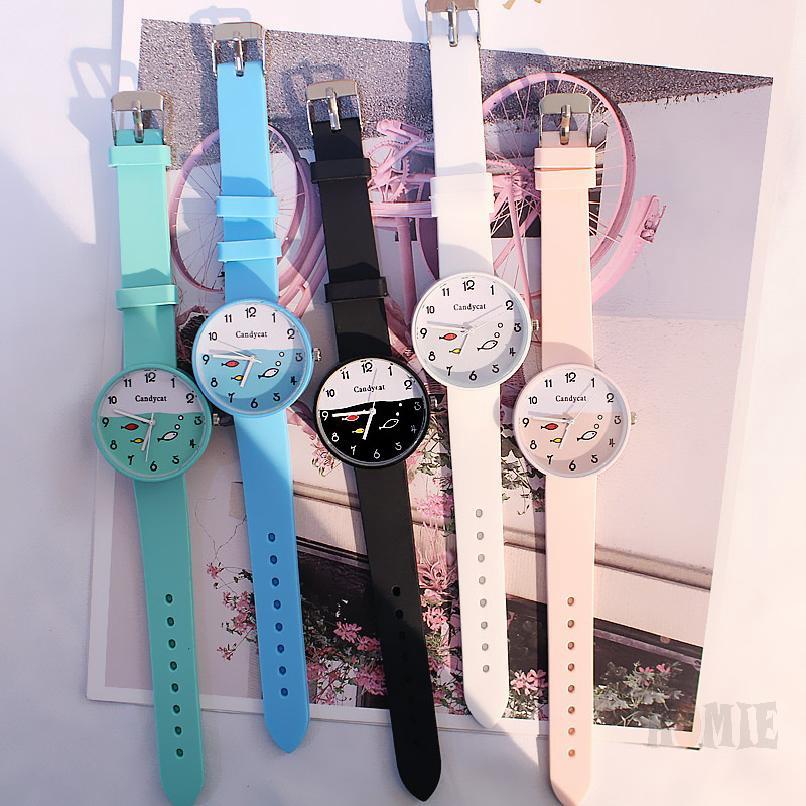 นาฬิกาผู้ชายและผู้หญิงเกาหลีลูกอมเยลลี่สีที่เรียบง่ายและน่ารักนาฬิกา 921