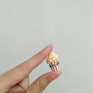 Charm bỏng ngô – Nguyên liệu làm slime