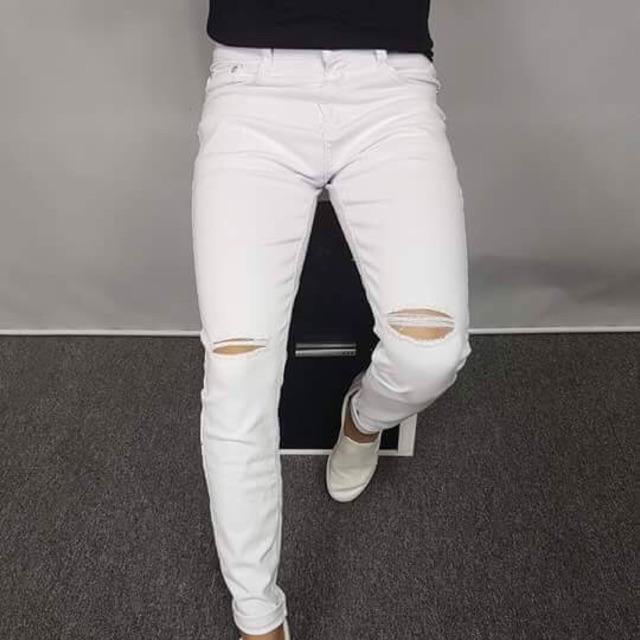Quần jean màu trắng quá hót