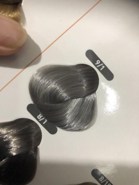 Nhuộm tóc lavox siêu dưỡng màu xám khói 9/1 tặng kèm oxy trợ nhuộm vả bao tay