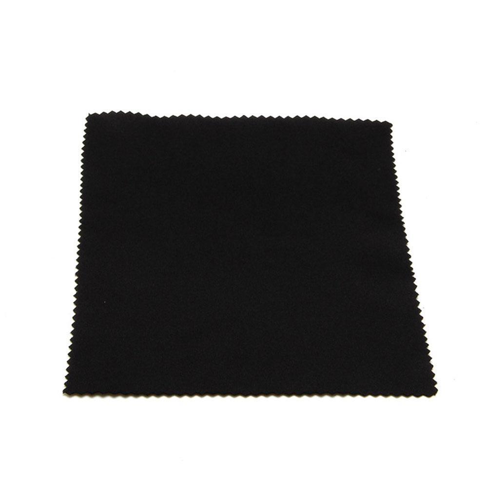 Khăn lau kính bằng chất liệu vải Microfiber