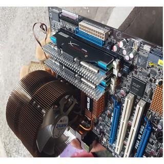 main bo P45 pro mã asus P5Q chíp sét P45. và con main P5E3 WS pro P45 chạy DDR3