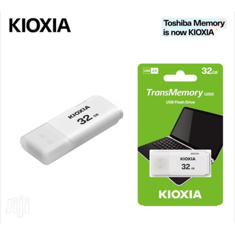 USB Kioxia 32GB USB 2.0 U202 _LU202W032GG4 | Shopee Việt Nam