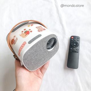 🎬 Máy Chiếu Mini Moonie LED Projector Độ Phân Giải 1080p – Tặng kèm sticker trang trí 🎬