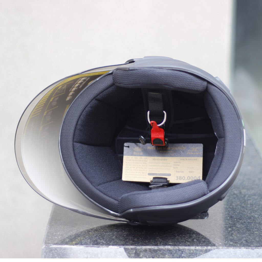 Nón bảo hiểm 3/4 ROYAL có kính M01 đen nhám