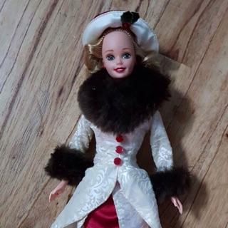 Búp bê barbie mattel đã sử dụng