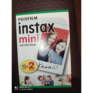 Phim chụp ảnh lấy liền Instax Mini FUJIFILM hộp 20 tấm (10×2/PK)