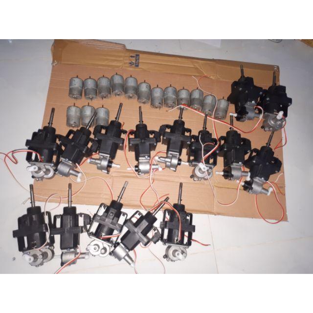 Bộ combo khách đặt 15 đầu quạt và 15 motor 12v chế quạt 12v kẹp acquy