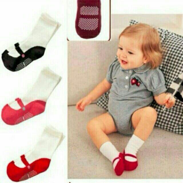Tất hình giày cho bé