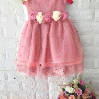 Đầm công chúa thiết kế đính cườm