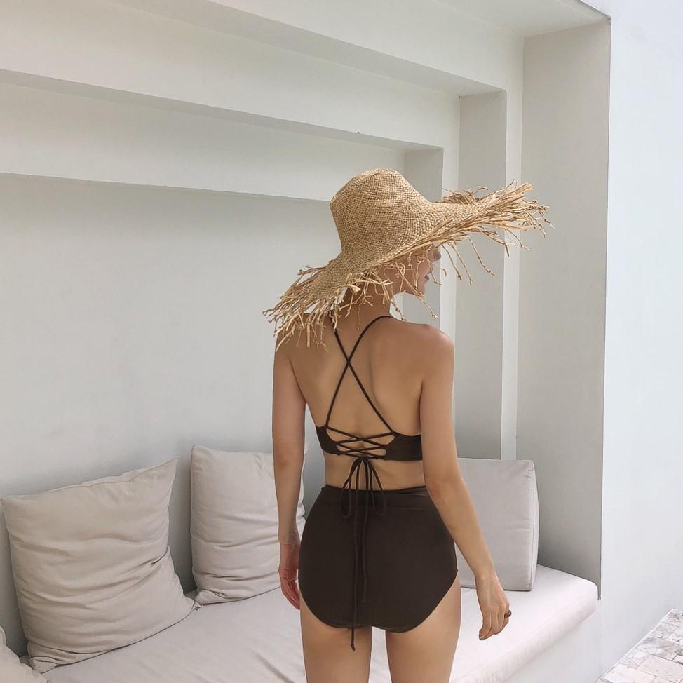 Mặc gì đẹp: Hè vui với Bikini Hai Mảnh Cổ Xẻ Hàn Quốc Đồ Bơi Nữ Sexy Đồ Tắm Biển Mùa Hè Ullzang Cao Cấp Giá Rẻ Cổ Điển VFSBHH21519