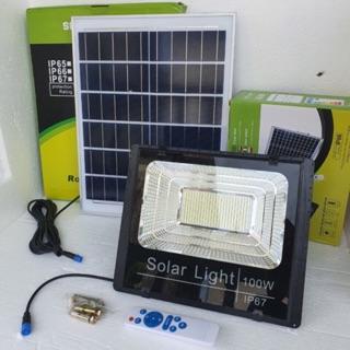 Đèn năng lượng mặt trời đủ công suất