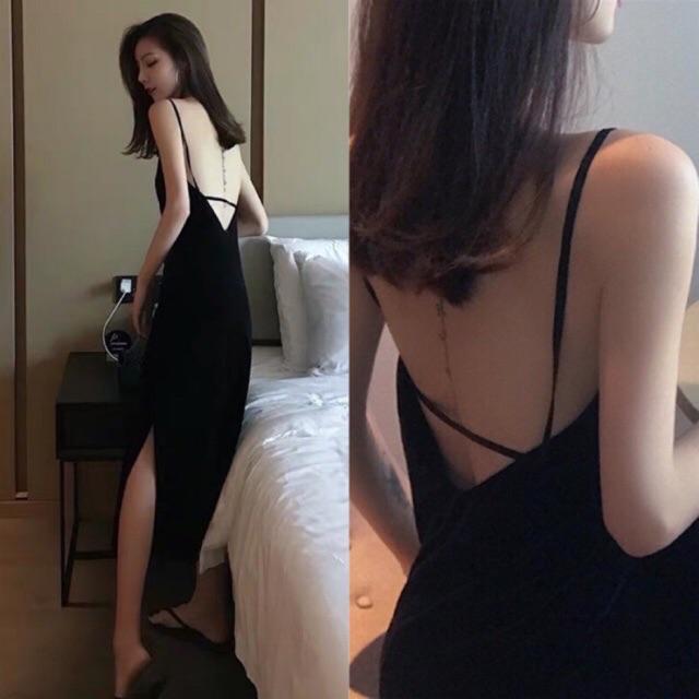 Đầm 2 dây đen cúp ngực dáng dài xẻ bên hong