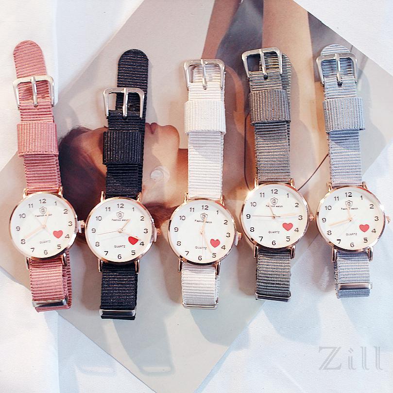 COD แฟชั่นเกาหลีน่ารักเยลลี่ฮาราจูกุย้อนยุคผู้หญิงนาฬิกาผ้าใบ 0