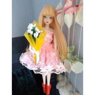 Búp bê – Hoa cho búp bê – Barbie