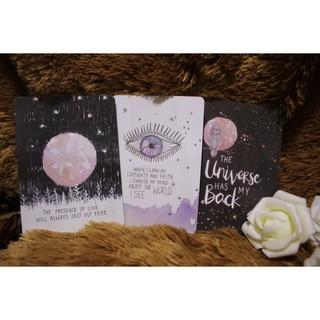 Bài UNIVERSE HAS YOUR BACK – thông điệp truyền cảm hứng giúp bạn đón nhận năng lượng của Vũ Trụ.