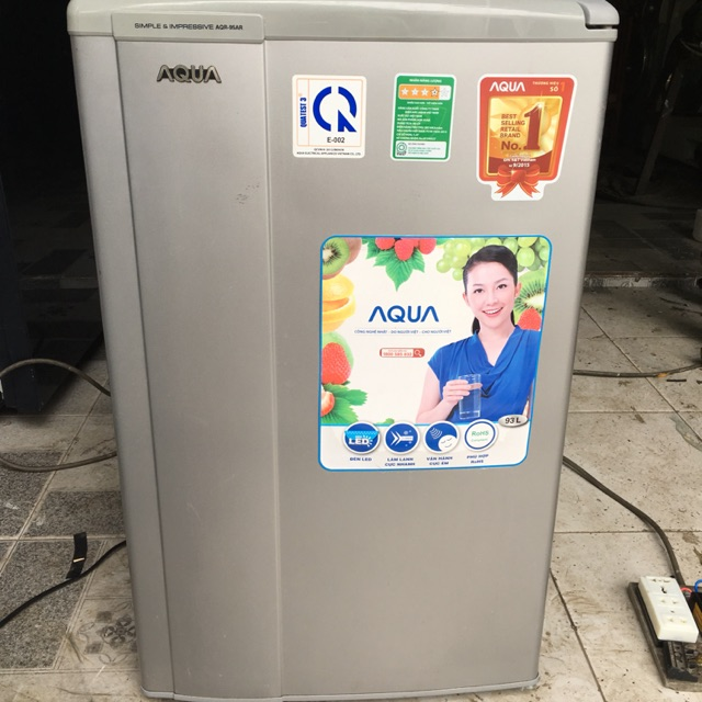 Tủ lạnh mini Aqua AQR-95AR 90 lít